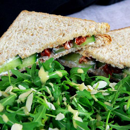 Sandwich Express - Concombre Chèvre Tomates séchées